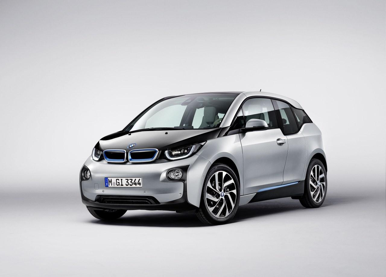 BMW ukazuje světu model i3
