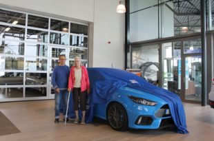 Deda_koupil_Ford_Focus_RS_dalsi_01_800_600