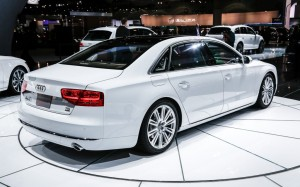 2014-Audi-A8-TDI-rear-right-side-view-1024x640