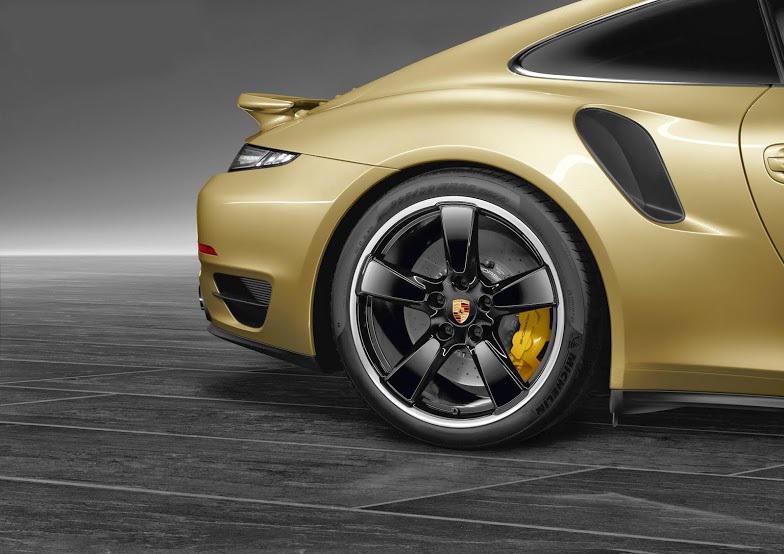porsche-911 turbo gold 3