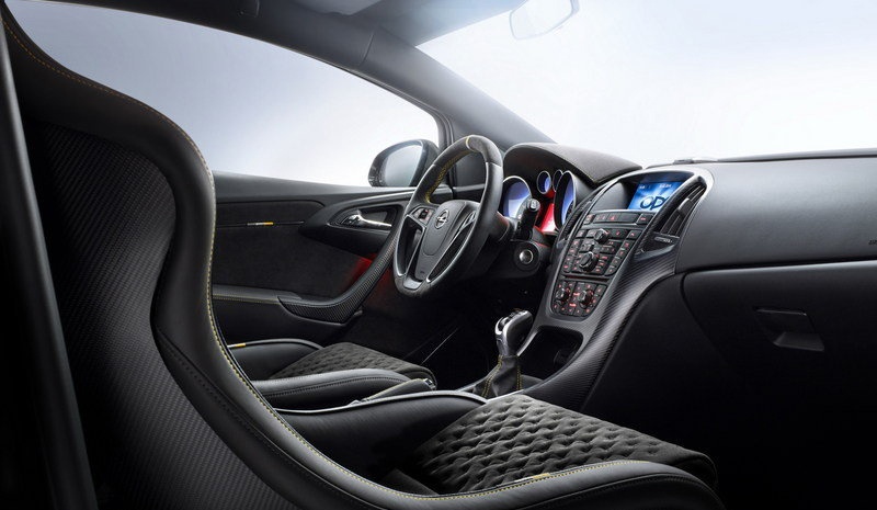 2014-opel-astra-opc-extreme int