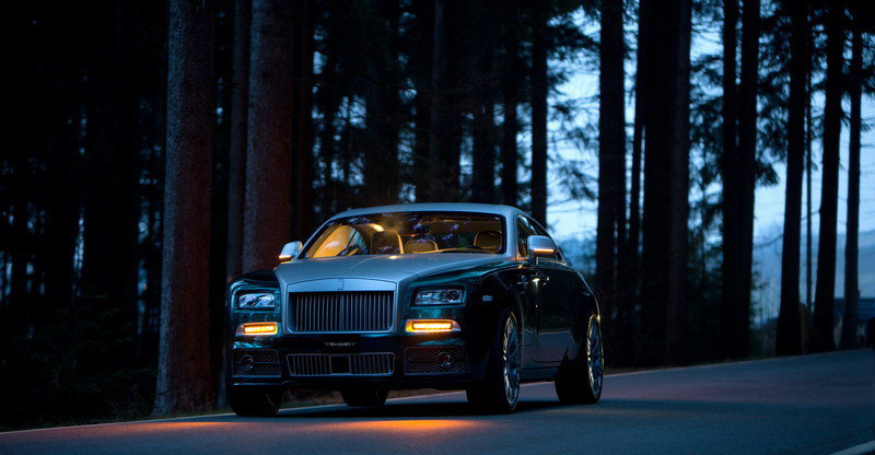 rolls-royce-wraith-b-front view