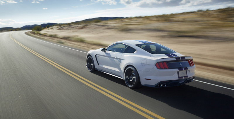 2016-ford-mustang-gt350-4
